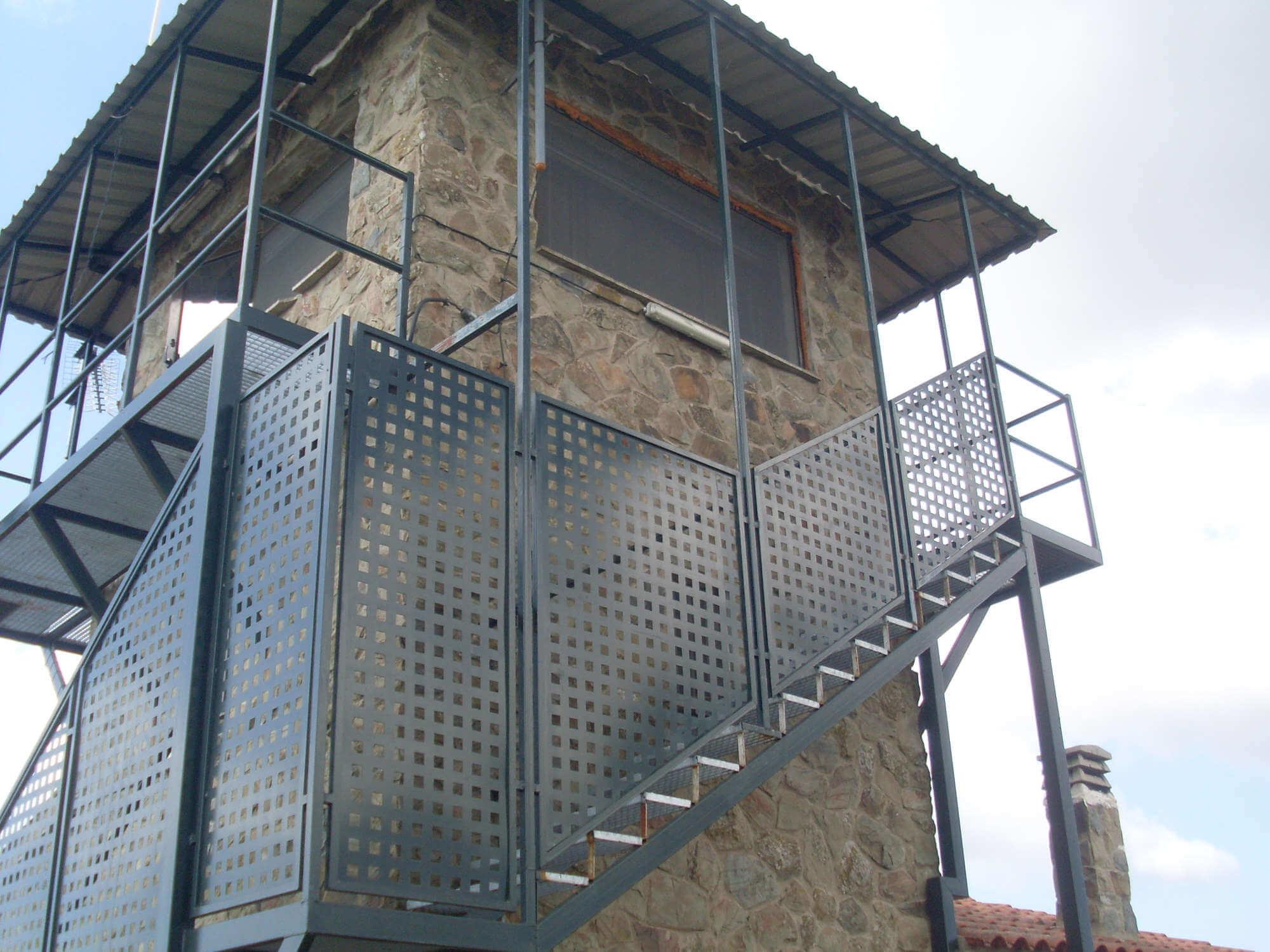 escaleras con barandilla 6